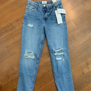Zara classic mom fit high rise distressed denim